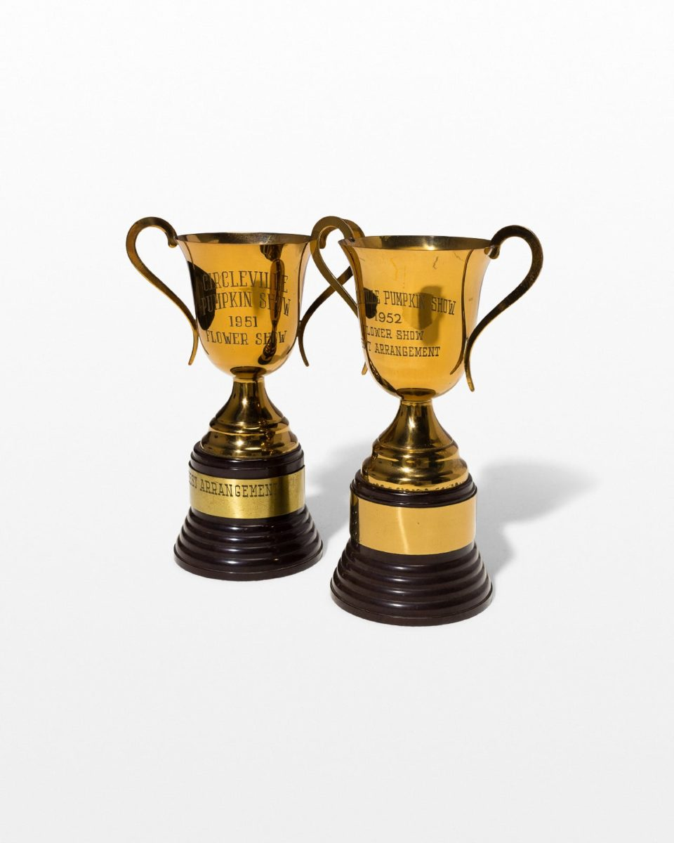 Front view of Equinox Trophy Set