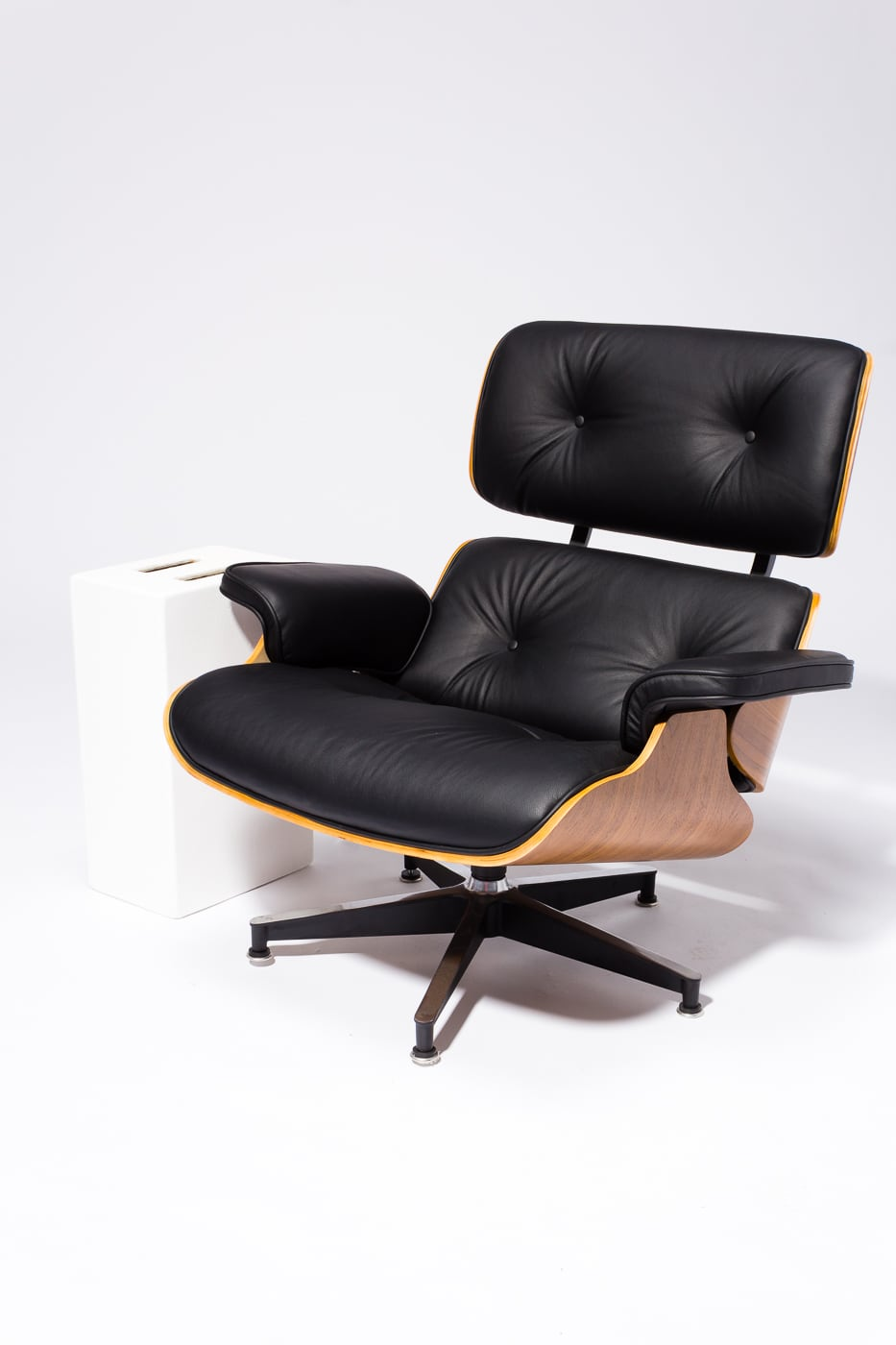 Remarkable Ch587 Black Eames Style Lounge Chair And Ottoman Prop Rental Beatyapartments Chair Design Images Beatyapartmentscom