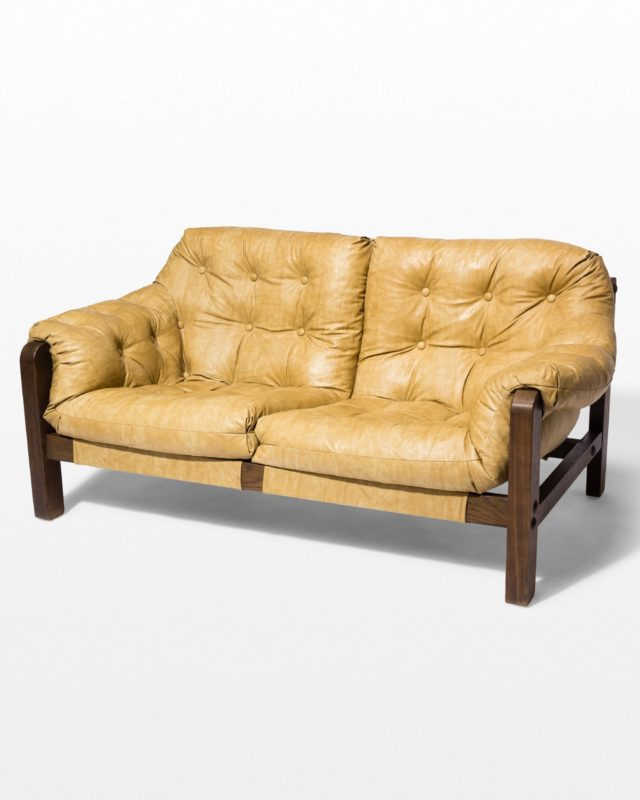 Front view of Dynamo Loveseat