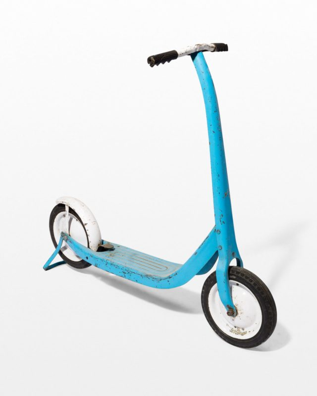Front view of Robin Vintage Children's Scooter