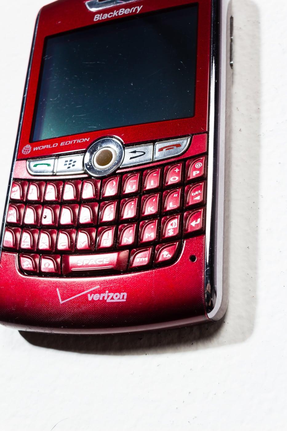 Te062 Red Blackberry Mobile Phone Prop Rental Acme Brooklyn