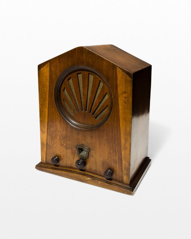 Front view of Woodline Antique Radio