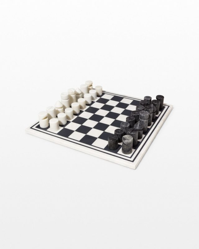 Front view of King Black and White Marble Chess Set