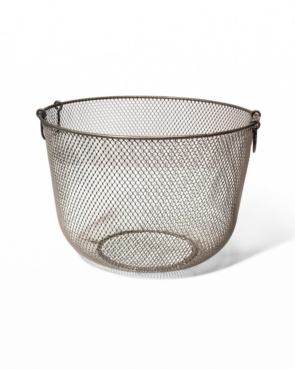 Front view of Khia Wire Mesh Basket