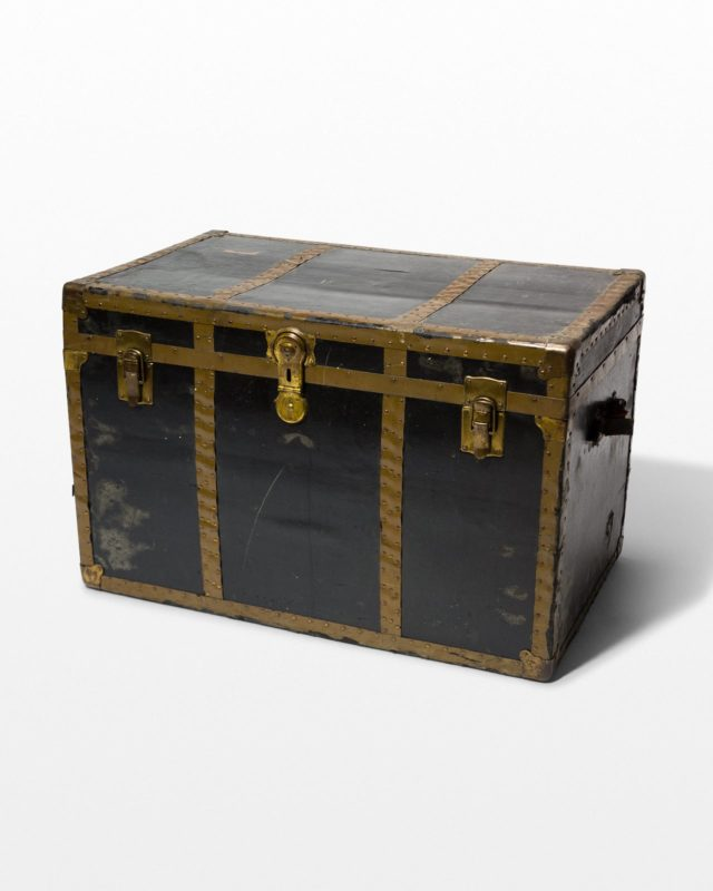 Front view of Lloyd Trunk