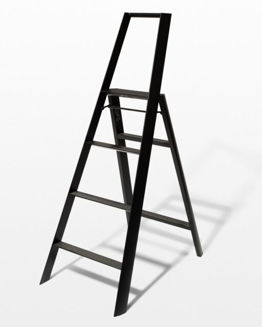 Front view of 5 Foot Black Baldwin Ladder