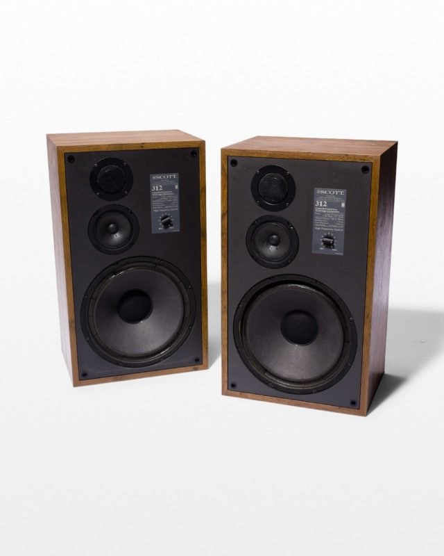 Front view of Gabriel Speaker Set
