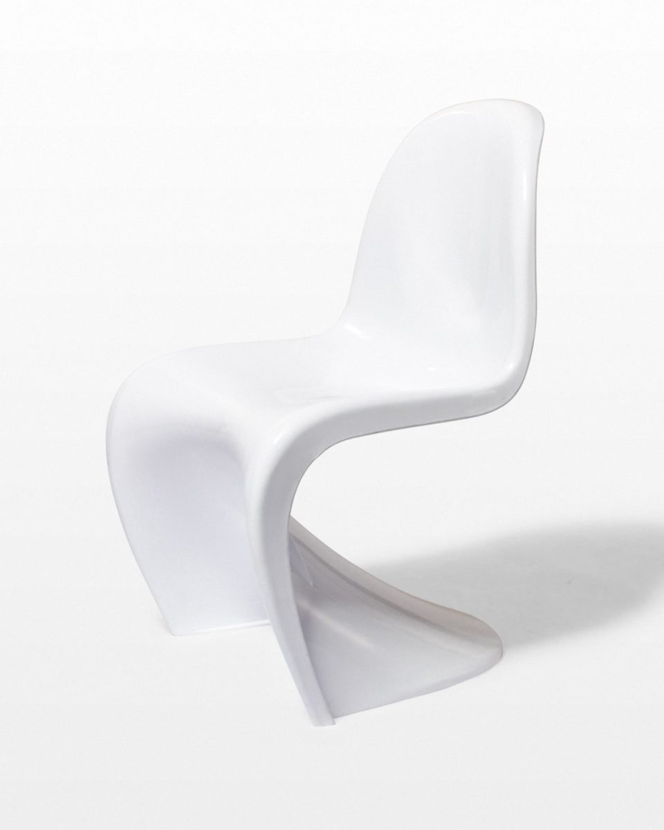 Front view of Casper Scoop Chair