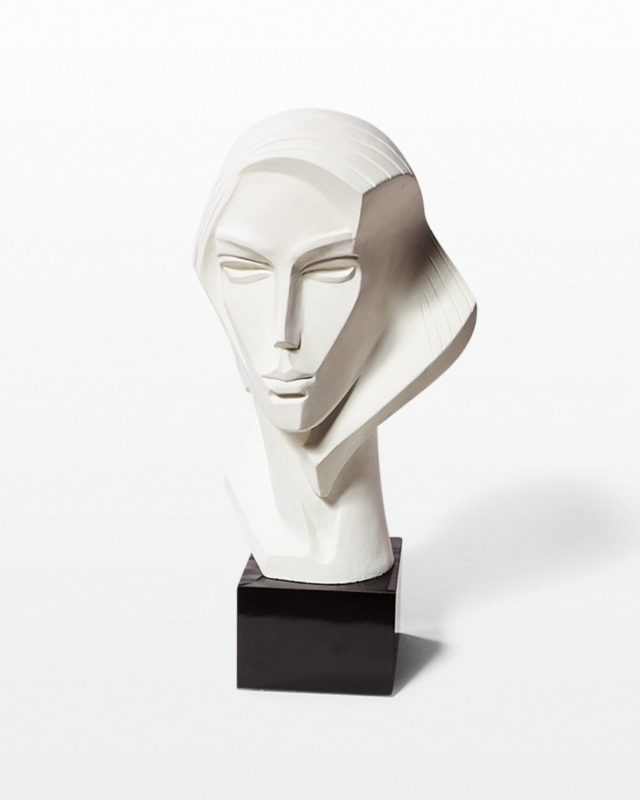 Front view of Fabiana Bust
