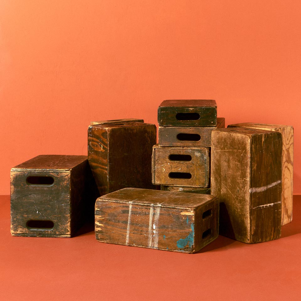 Category: Apple Boxes and Crates