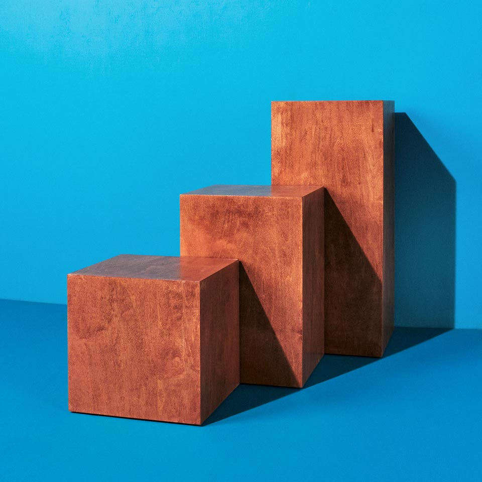 Category: Pedestals and Cubes