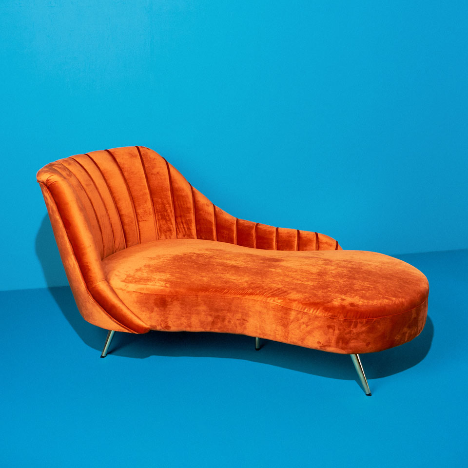 Category: Chaises and Daybeds