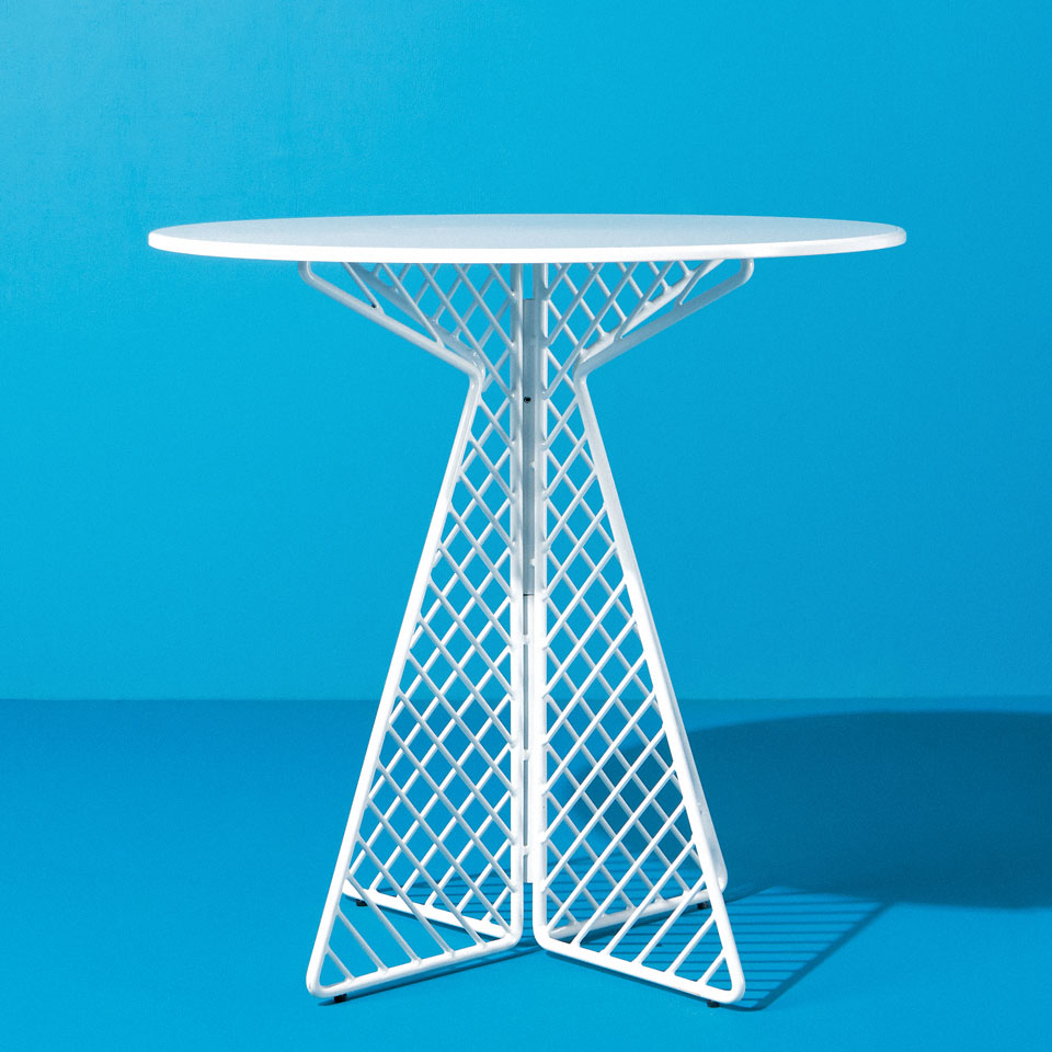 Category: Bistro and Cocktail Tables