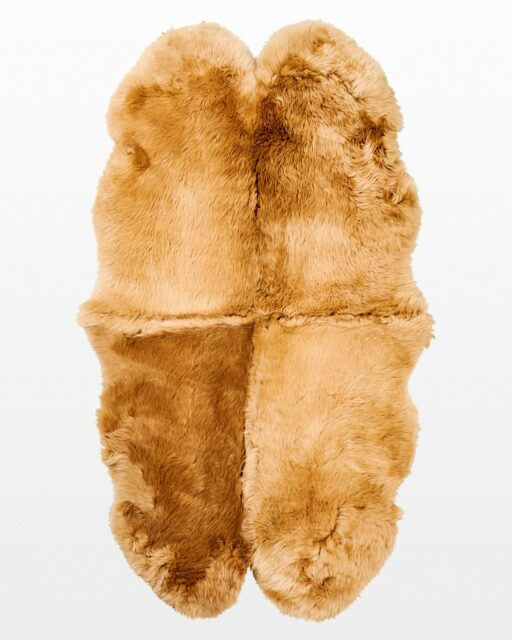 Front view of Lake 4 x 6′ Foot Honey Beige Sheepskin